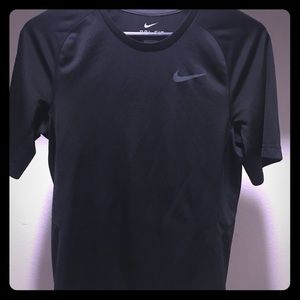 Nike dry fit workout shirt